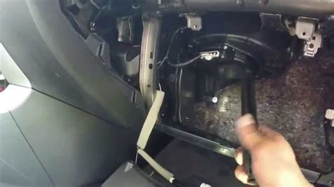 2013 Nissan Altima SV : in-cab air filter change - YouTube
