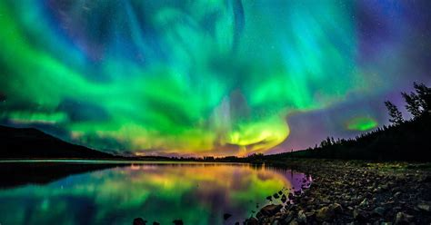 Northern Lights breaks in Iceland are currently going for