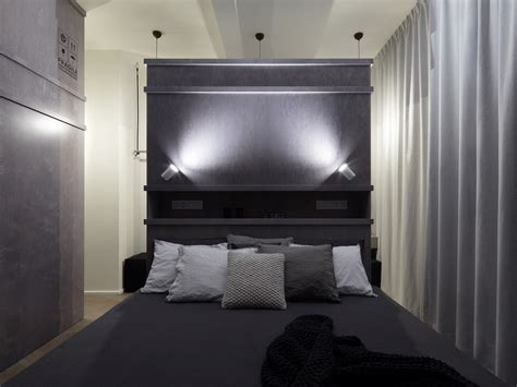 Prague-loft-apartment-with-dark-color-palette-in-the